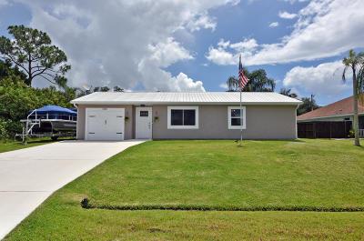 Port Saint Lucie Single Family Home For Sale: 2015 SW Aladdin Street