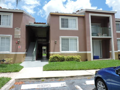 Lake Worth Condo For Sale: 7848 Sonoma Springs Circle #204