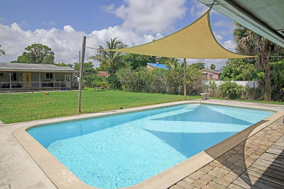 West Palm Beach Multi Family Home For Sale: 4665 Evans Lane