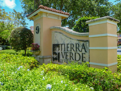 Delray Beach Condo For Sale: 2010 Alta Meadows Lane #201