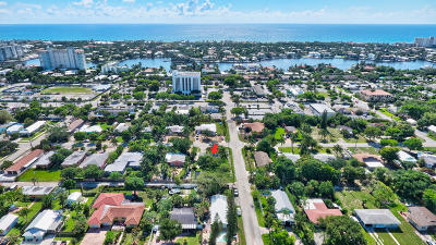 Delray Beach Single Family Home For Sale: 734 SE 4th Avenue