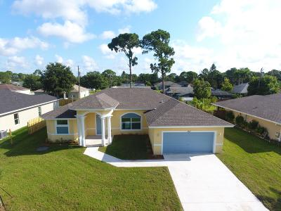 Port Saint Lucie Single Family Home For Sale: 1217 SW Albenga Avenue