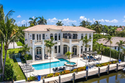 Boynton Beach Single Family Home For Sale: 19 Harbour Drive