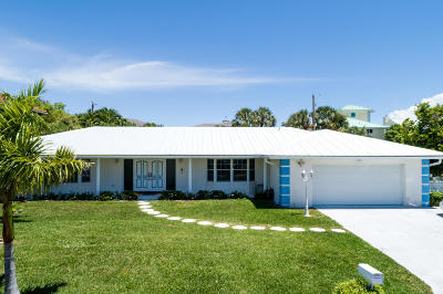 Riviera Beach Single Family Home For Sale: 1030 Gulfstream Way