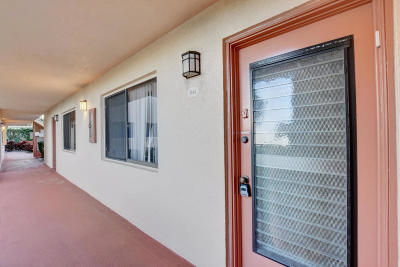 Delray Beach Condo For Sale: 15036 Ashland Lane #44