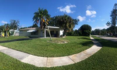 Deerfield Beach Single Family Home For Sale: 800 SE 14 Court