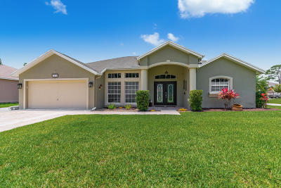 Port Saint Lucie Single Family Home For Sale: 1902 SW Agnes Street