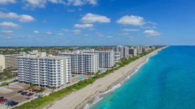 Highland Beach Condo For Sale: 3215 S Ocean Boulevard #404