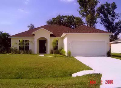 Port Saint Lucie Single Family Home For Sale: 2474 SW Waikiki Street #1