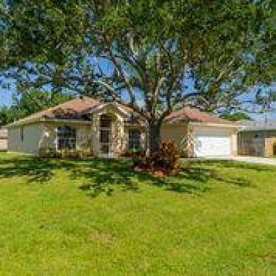 Port Saint Lucie Single Family Home For Sale: 5634 NW Bluff Court
