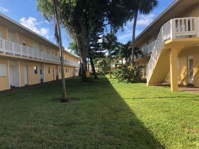 Coral Springs, Parkland, Coconut Creek, Deerfield Beach,  Boca Raton , Margate, Tamarac, Pompano Beach Rental For Rent: 550 SE 2nd Avenue #G27