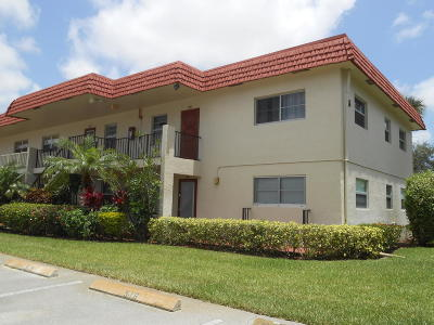 Delray Beach Condo For Sale: 5 Abbey Lane #108