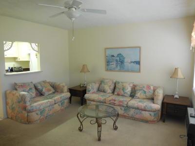 West Palm Beach Condo For Sale: 150 Waltham G