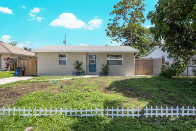 West Palm Beach Single Family Home For Sale: 5654 Kumquat Road