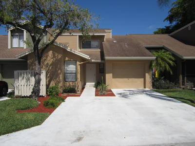 Boca Raton Townhouse For Sale: 22293 Woodspring Drive