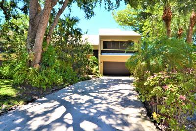 Boca Raton Townhouse For Sale: 766 Saint Albans Drive