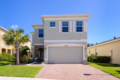 Port Saint Lucie Single Family Home For Sale: 2447 NW Padova Street