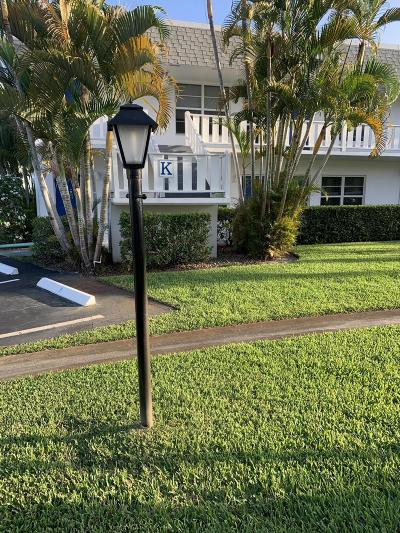 Martin County Condo For Sale: 2929 SE Ocean Boulevard #4