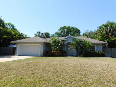Lakewood Park Single Family Home Contingent: 7805 Fort Walton Avenue