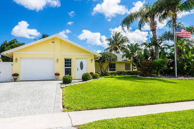 Boynton Beach Single Family Home For Sale: 3910 Greenfield Court