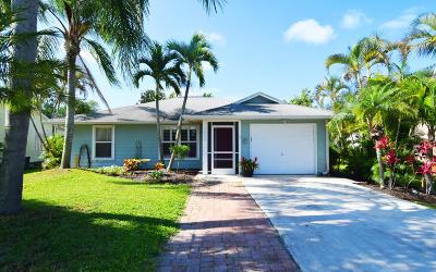 Stuart Single Family Home For Sale: 3826 SE Middle Street