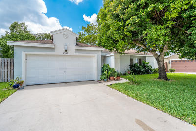Boca Raton Single Family Home For Sale: 9933 Robins Nest Road