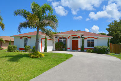 Port Saint Lucie Single Family Home For Sale: 2442 SE Gilbert Avenue