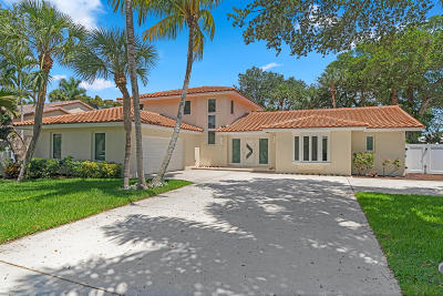 Boca Raton Single Family Home For Sale: 701 Carriage Hill Lane