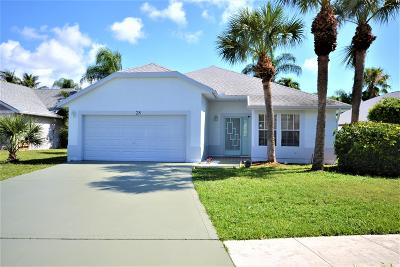 Boynton Beach Single Family Home For Sale: 28 Heather Cove Drive