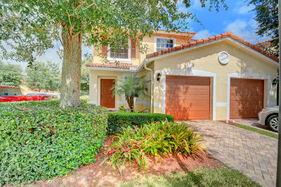 Boca Raton Townhouse For Sale: 22101 Majestic Woods Way