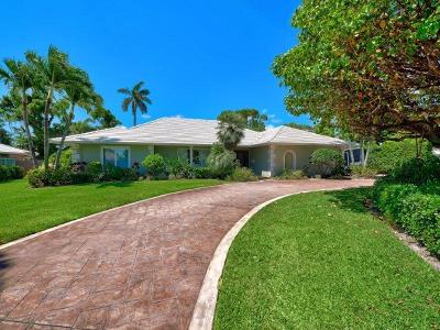 Atlantis Single Family Home For Sale: 466 S Country Club Drive