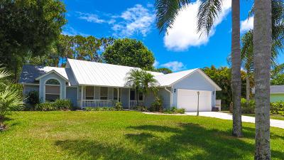 Stuart Single Family Home For Sale: 7900 SE River Lane