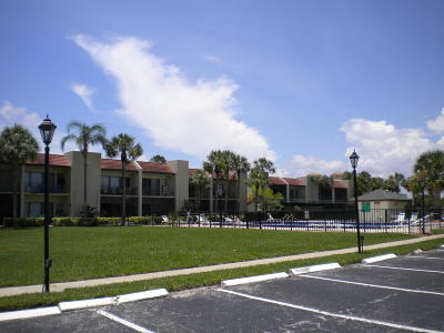 Jupiter FL Condo For Sale: $185,779