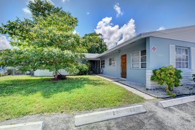 Fort Lauderdale Multi Family Home For Sale: 5861 NE 18th Avenue #1-4