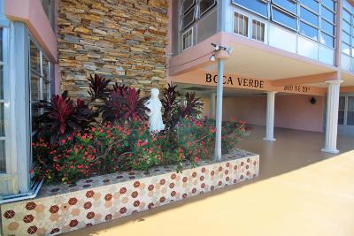 Coral Springs, Parkland, Coconut Creek, Deerfield Beach,  Boca Raton , Margate, Tamarac, Pompano Beach Rental For Rent: 300 NE 20th Street #431