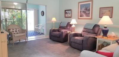 Hobe Sound Single Family Home Contingent: 10820 SE SEa Pines Circle