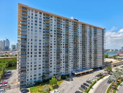 Miami-Dade County Condo For Sale: 230 174th Street #518