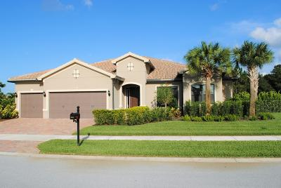 Martin County Single Family Home Contingent: 851 SW Headwater Drive