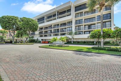 Yacht & Racquet Club Of Boca Raton, Yacht & Racquet Club Of Boca Raton Condo Condo For Sale: 2727 Ocean Boulevard #A-108