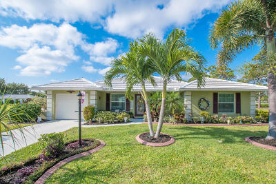 Tequesta Single Family Home For Sale: 9320 SE Little Club Way