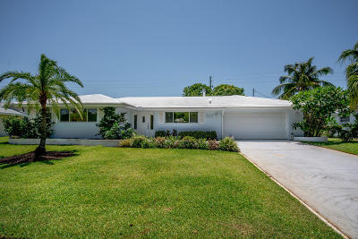 North Palm Beach Single Family Home For Sale: 867 Fathom Road W