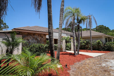 Palm Beach Gardens Single Family Home For Sale: 15639 72nd Drive