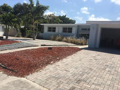 North Palm Beach Single Family Home Contingent: 436 Gull Court