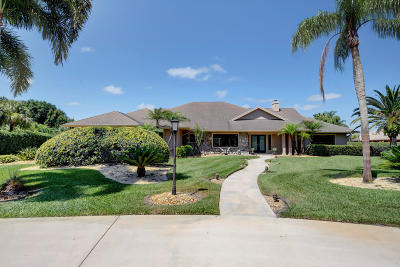 Martin County Single Family Home For Sale: 1540 SW Saint Andrews Drive