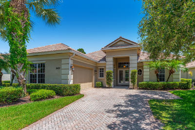 Port Saint Lucie Single Family Home For Sale: 9405 Briarcliff Terrace