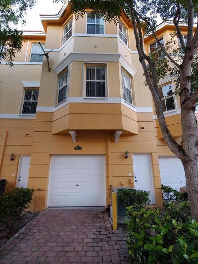 Royal Palm Beach Townhouse Contingent: 3707 Shoma Drive