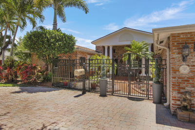 North Palm Beach Single Family Home For Sale: 416 Anchorage Lane