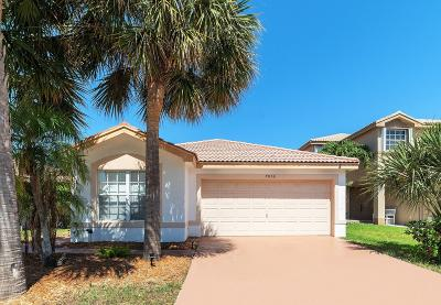 Boynton Beach Single Family Home For Sale: 7056 Middlebury Drive