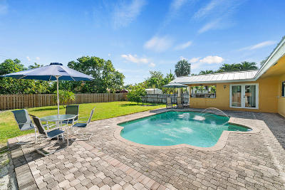 Boca Raton Single Family Home For Sale: 145 NW 8th Street