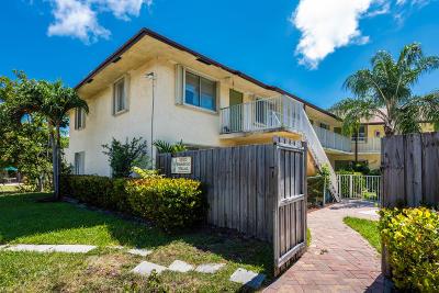 Fort Lauderdale Condo For Sale: 1250 Miami Road #8